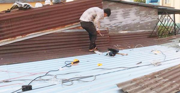 sửa chữa mái tôn tại Bình Dương